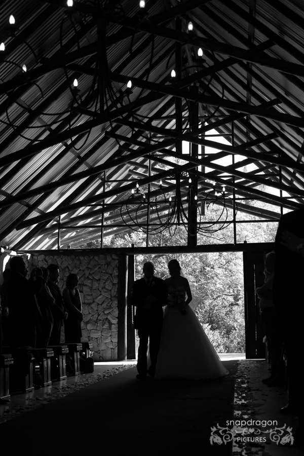 Wedding, Photographers, Photography, Bride, Groom, Film, Video, Tres Jolie Wedding Venue, Sean and Leanne Williams, Candid, Natural Light, Photojournalism